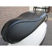 Zwart Custom zadel buddyseat GTS LOOK