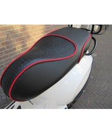 Custom zadel buddyseat voor Vespa Sprint en Primavera