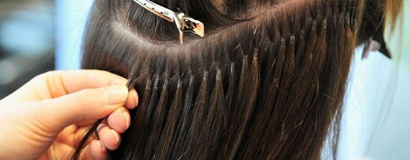 Hairextensions laten zetten: wat komt daar bij kijken?