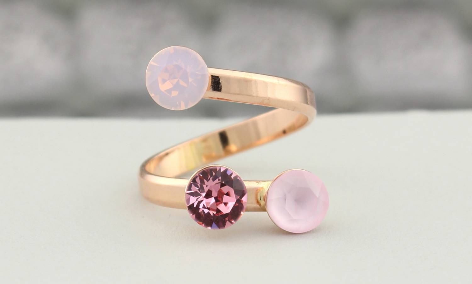 Rose gold jewelry collection of ARLIZI Jewelry with unique designs