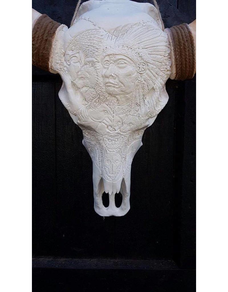 Long Horn engraved 1 meter wide