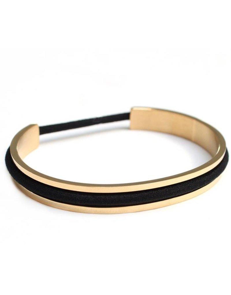 Love Ibiza Goudkleur Stainless steel armband voor haarelastiekjes Incl. set van 5 smallen haarelastiekjes en 5 dikkere haarelastiekjes en een leuk katoenen kadozakje.