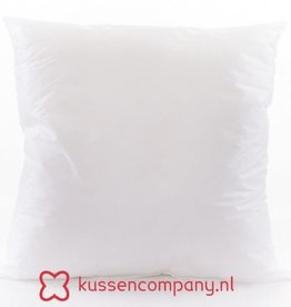 Damn A 45x45cm cushion is filled with a 50x50cm inner cushion!