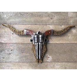 Damn Skull revolvers flat 74 x 40 cm