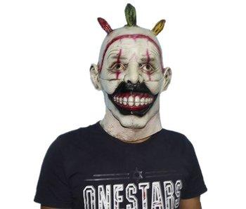 'Twisty' the clown masker