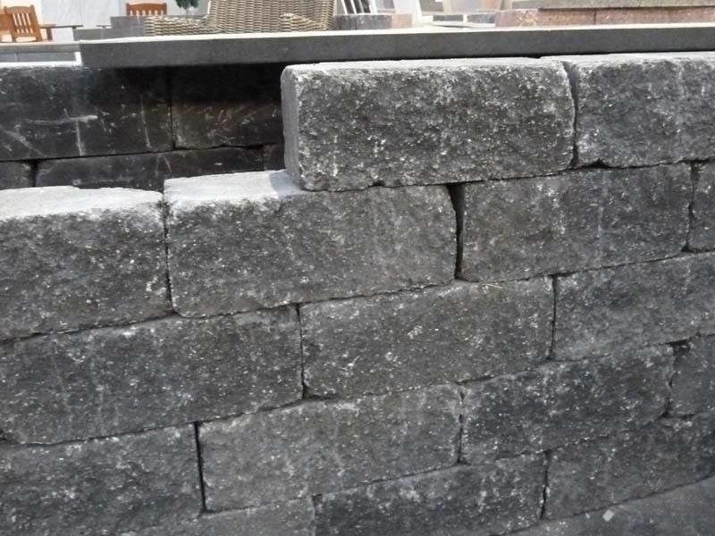 Wallblock Tumbled 30x12x12 Smook