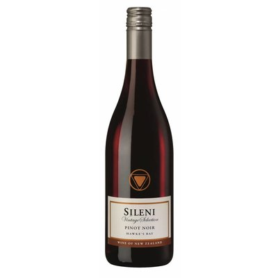 Sileni Estate Pinot Noir Hawkes Bay 2015