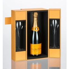Veuve Clicquot Champagne Brut yellow label Met Luxery Gift Box + 2 Flutes
