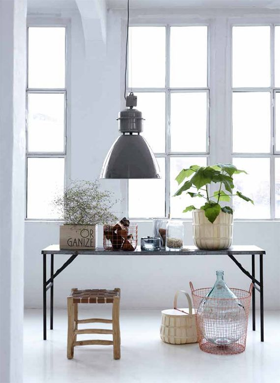 house doctor volumen fabrik lampe schwarz living and company. Black Bedroom Furniture Sets. Home Design Ideas