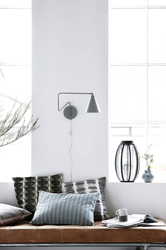 house doctor game wall lamp grey metal living and co. Black Bedroom Furniture Sets. Home Design Ideas