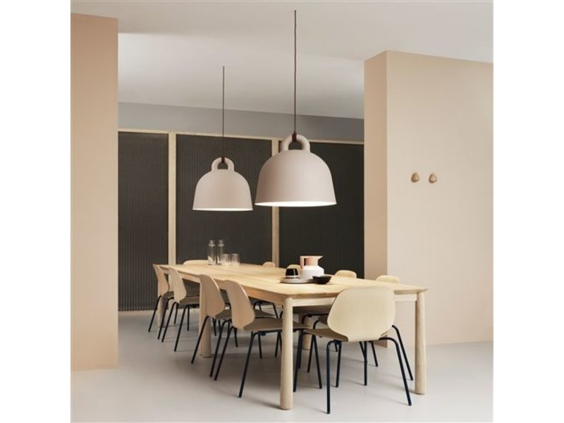 normann copenhagen pendentif moyen de bell lampe gris. Black Bedroom Furniture Sets. Home Design Ideas