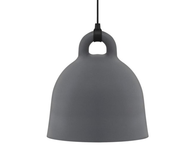 Hanglamp Meerdere Lampen : Normann copenhagen amp large hanglamp goud groen living and co