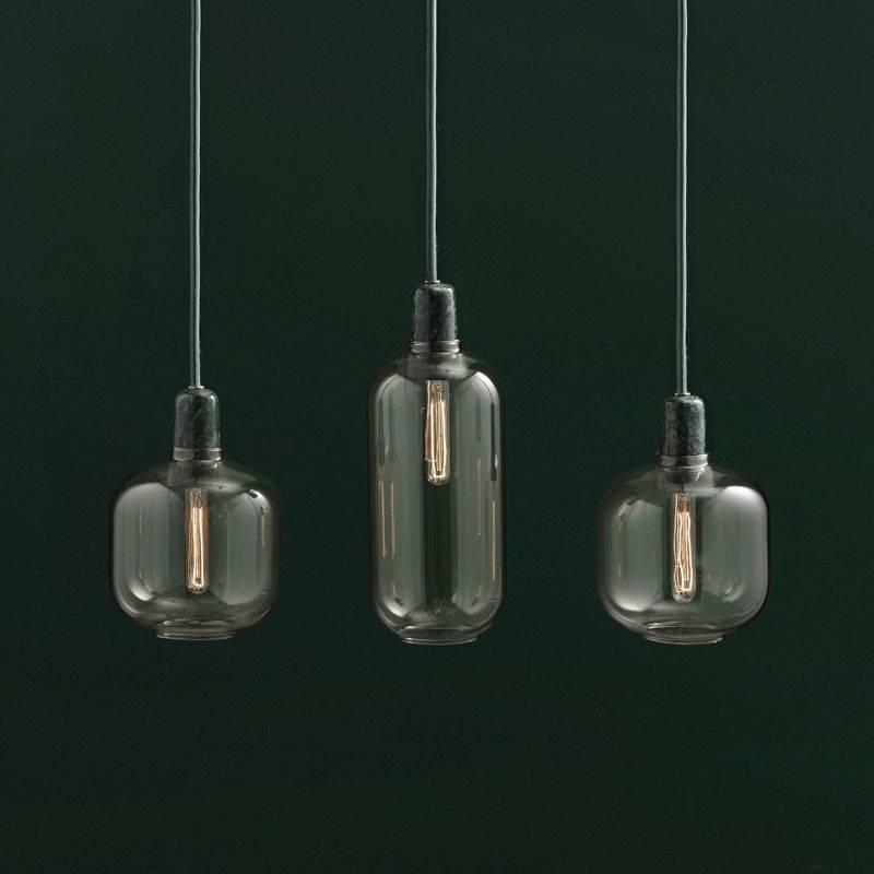 normann copenhagen amp lille h ngende lampe gr n guld. Black Bedroom Furniture Sets. Home Design Ideas