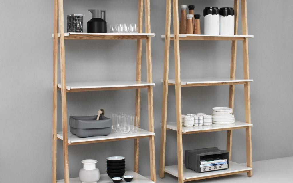 Normann Copenhagen One Step Up High boekenkast wit - LIVING AND CO.