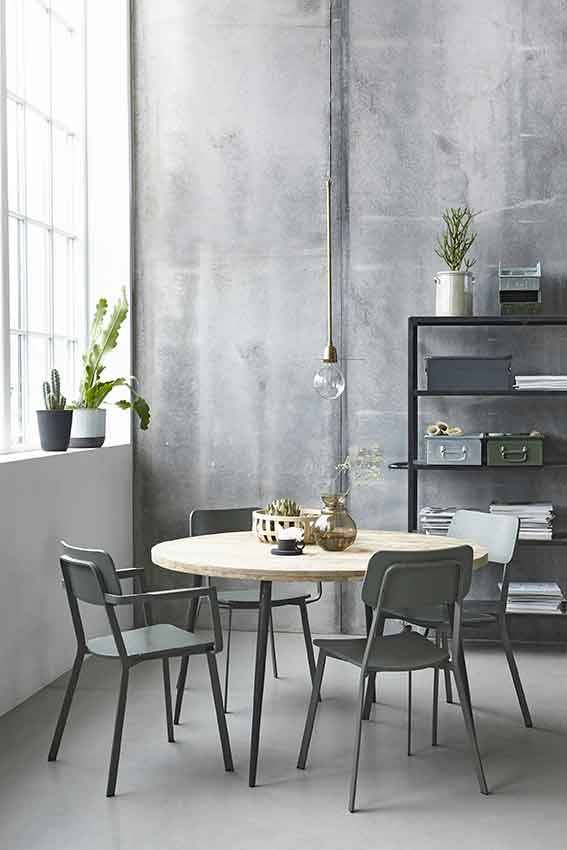House doctor club ronde eettafel hout ijzer living and co for House doctor stoel