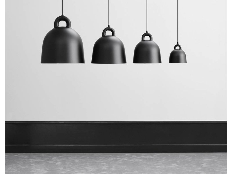 normann copenhagen bell large hanglamp zwart living and co. Black Bedroom Furniture Sets. Home Design Ideas