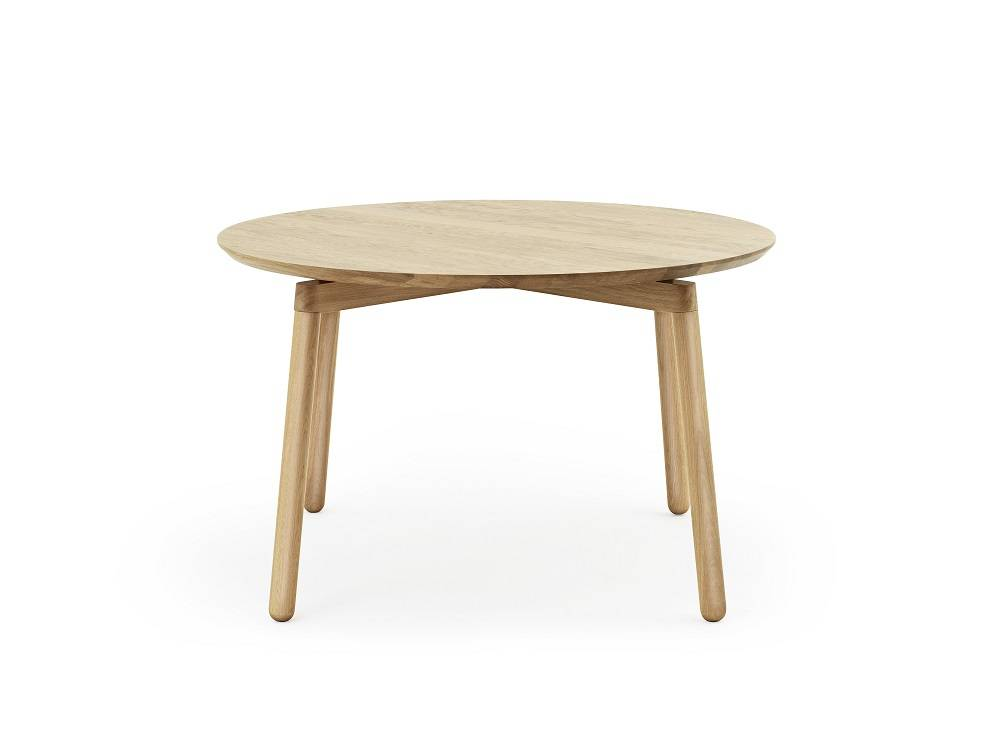 Normann copenhagen nord table living and co for Table ronde en chene
