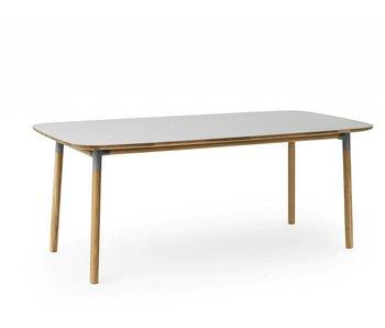 Normann Copenhagen Form bord eg grå
