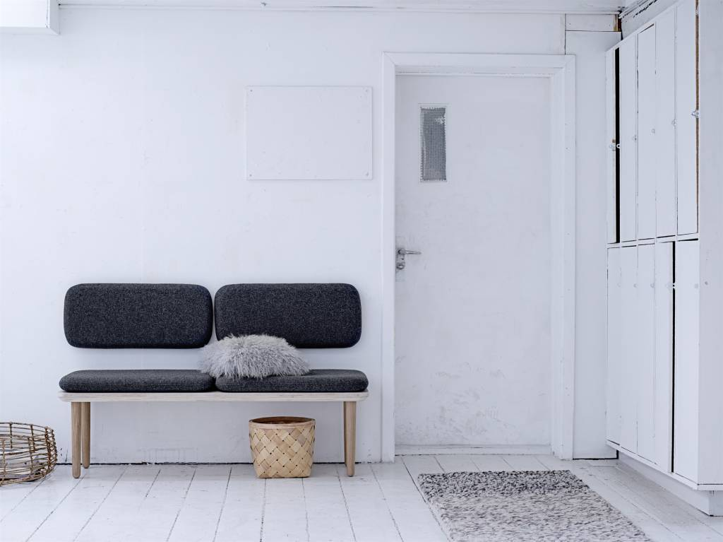 Bloomingville welcome bench sofa dark grey living and co for Couch dunkelgrau