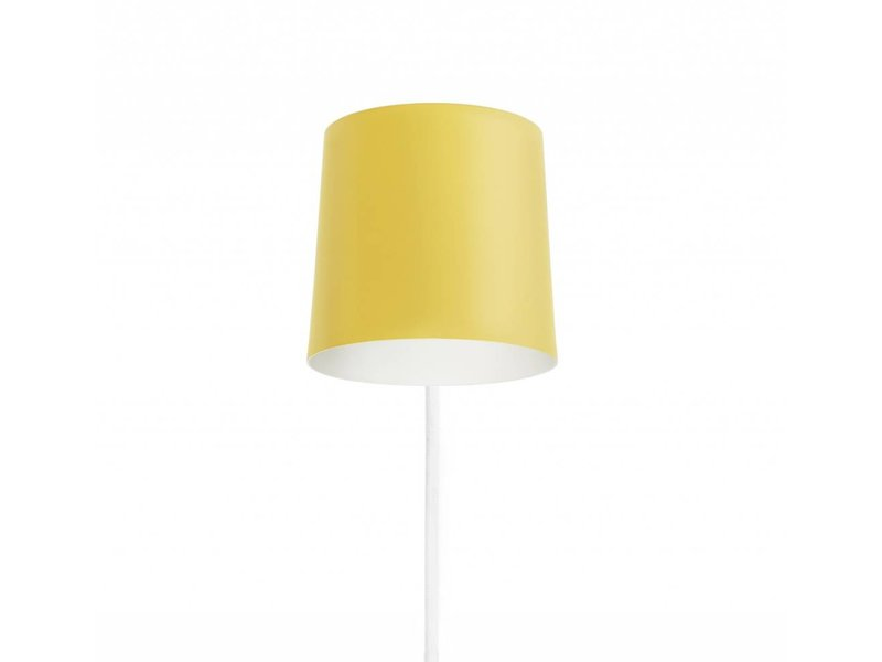 normann copenhagen rise wall lamp yellow living and co. Black Bedroom Furniture Sets. Home Design Ideas