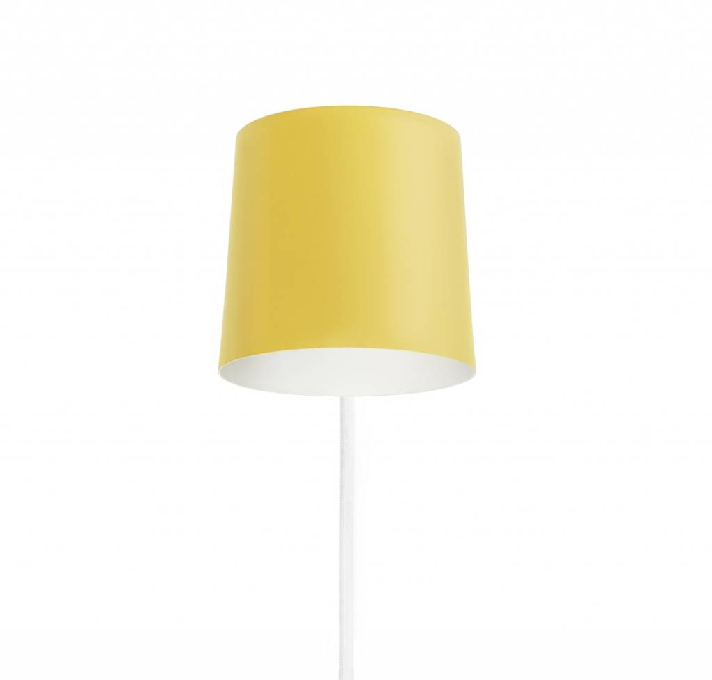 Normann Copenhagen Rise wall lamp yellow - LIVING AND CO.