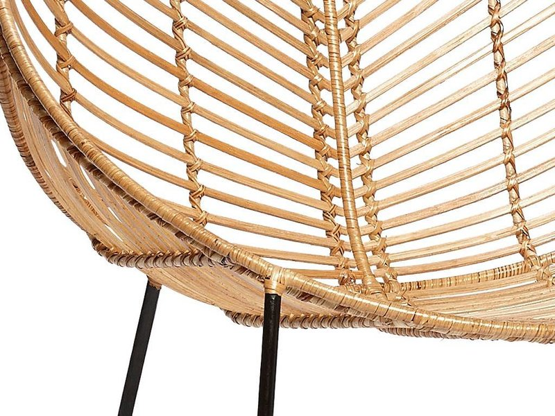Lounge sessel rattan  Hübsch Rattan lounge chair with armrest metal nature - LIVING AND CO.