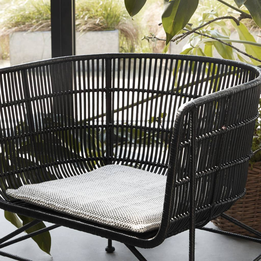 Rattan lounge sessel schwarz  House Doctor Coon rattan lounge chair black - LIVING AND CO.