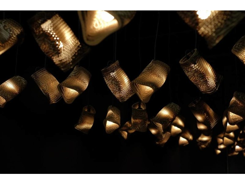Graypants Moa Linear3 hanglamp bruin Ø15x54cm