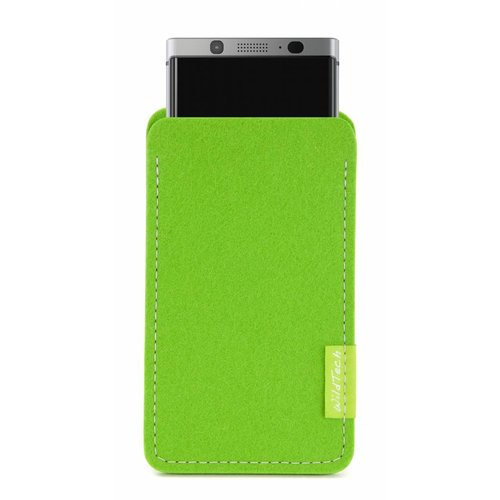 BlackBerry Sleeve Bright-Green