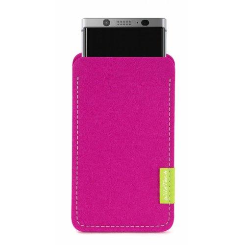 BlackBerry Sleeve Pink