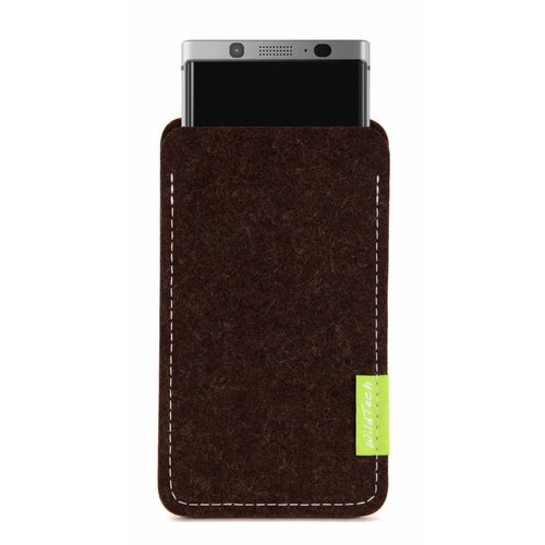 BlackBerry Sleeve Truffle-Brown