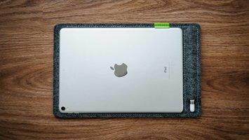Apple iPad Pro + Pencil Sleeve