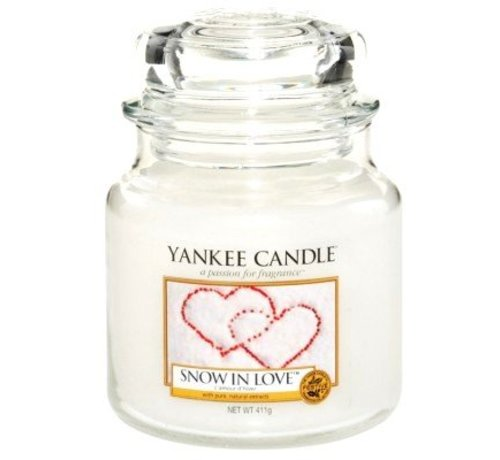 Yankee Candle Snow In Love - Medium Jar
