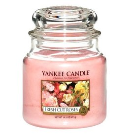 Yankee Candle Fresh Cut Roses - Medium Jar