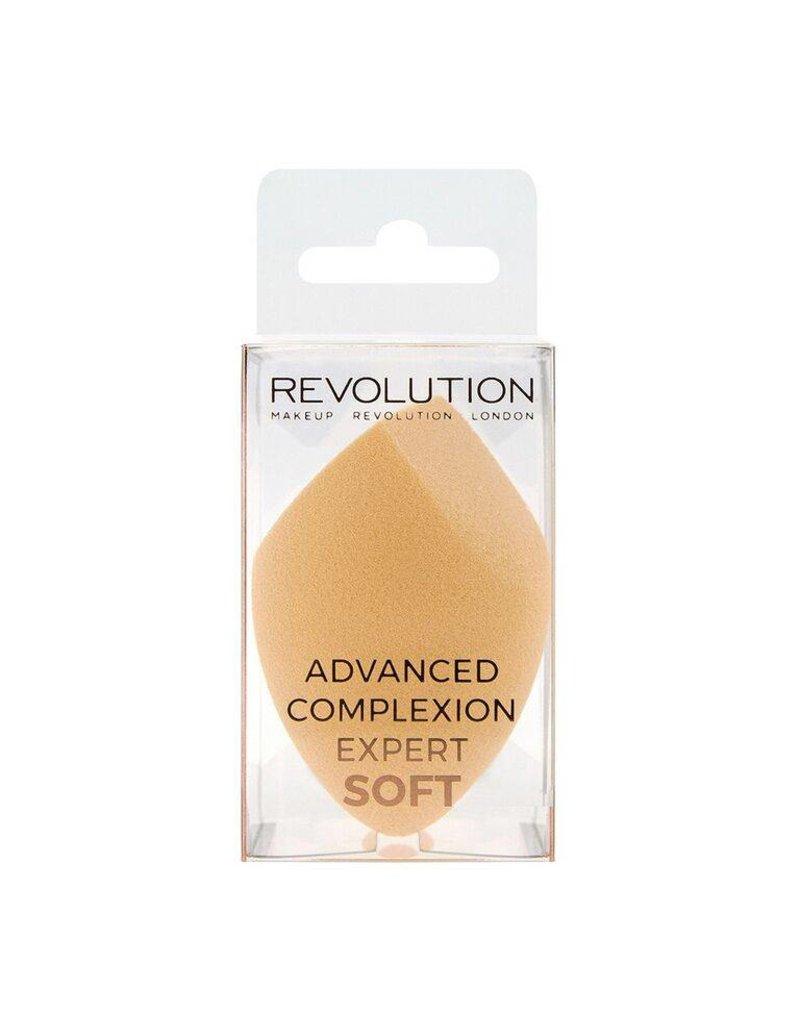 Makeup Revolution Advanced Complexion Expert Soft