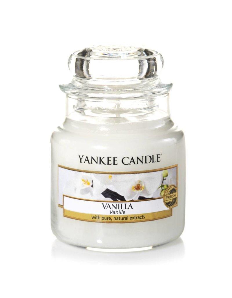 Yankee Candle Vanilla - Medium Jar