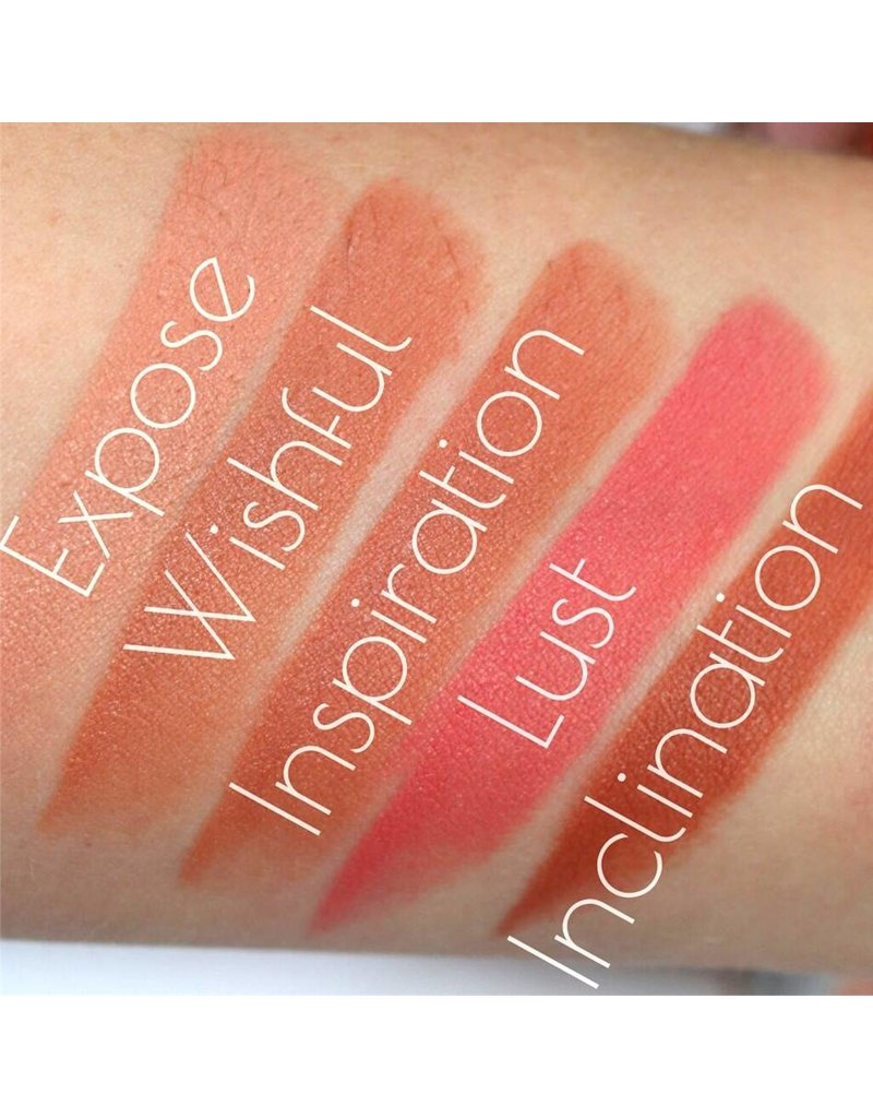 Makeup Revolution Iconic Matte Nude Revolution Lipstick - Inclination