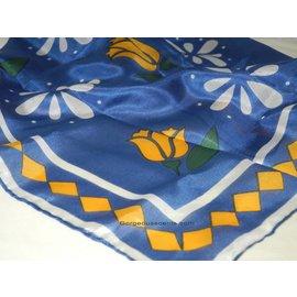 UK Collection Nikki sjaal, 100 % zijde