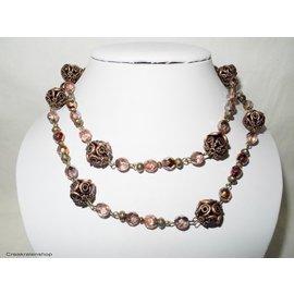 UK Collection Lange Halskette mit Ohrringen in Bronze-, Salm- und Rosatönen