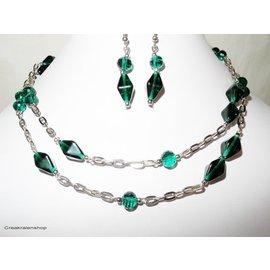 UK Collection Lange Halskette mit Ohrringe, silberfarben und dunkelgrün
