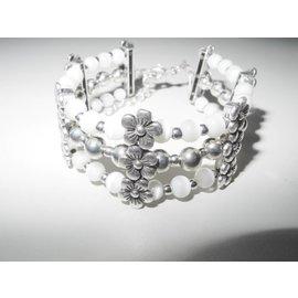 UK Collection Armband, drie rij , wit en zilverkleur