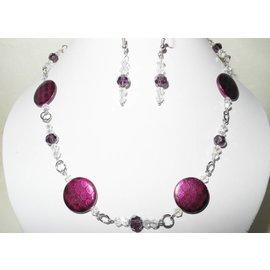 UK Collection Halsketting met oorbellen in bessenkleur en kristal