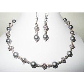 UK Collection Halsketting met oorbellen in grijs en zilver