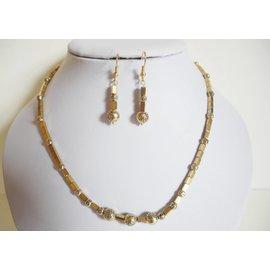 UK Collection Ketting met goudkleurige hematiet kralen