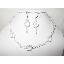 UK Collection Ketting en oorbellen in kristal kleur