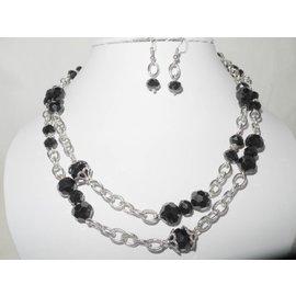 UK Collection Lange Halskette mit Ohrringen, zwart und silberfarben