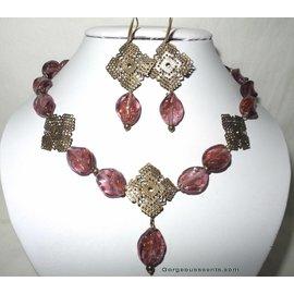 UK Collection Halskette, Armband und Ohrringe in brombeer und bronze