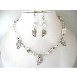 UK Collection Ketting en oorbellen in kristal en zilverkleur