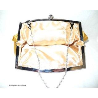 Fashion Only Abendtasche, goldgelb mit silberfarbenem Bügel