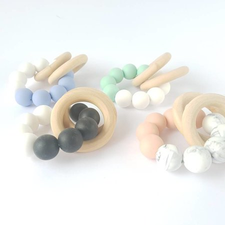 Chewies & more Chewie Basic Rattle Marble / perzik